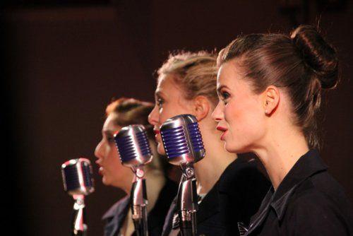 singers_microphone_sing_concert-873511.jpg!d.jpg